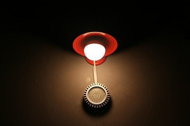 zářivka, červené stínítko