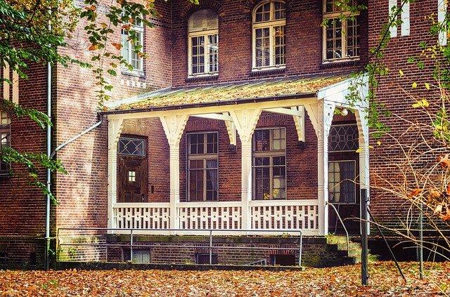 opuštěná budova